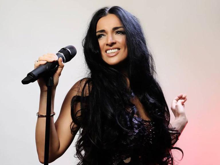 Cara Ciutan | Sängerin