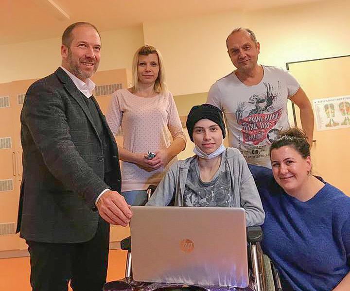 Ein Laptop für Antonia