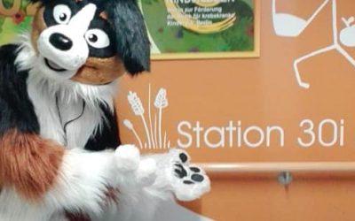 Besuch von Keks the charity dog