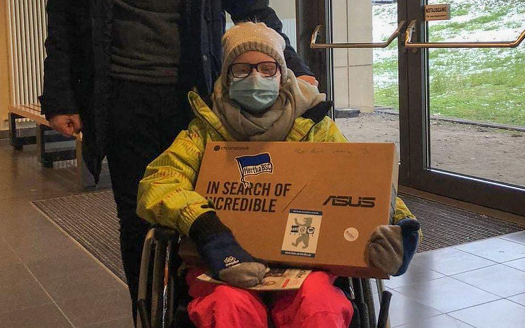 Ein Laptop für Mia