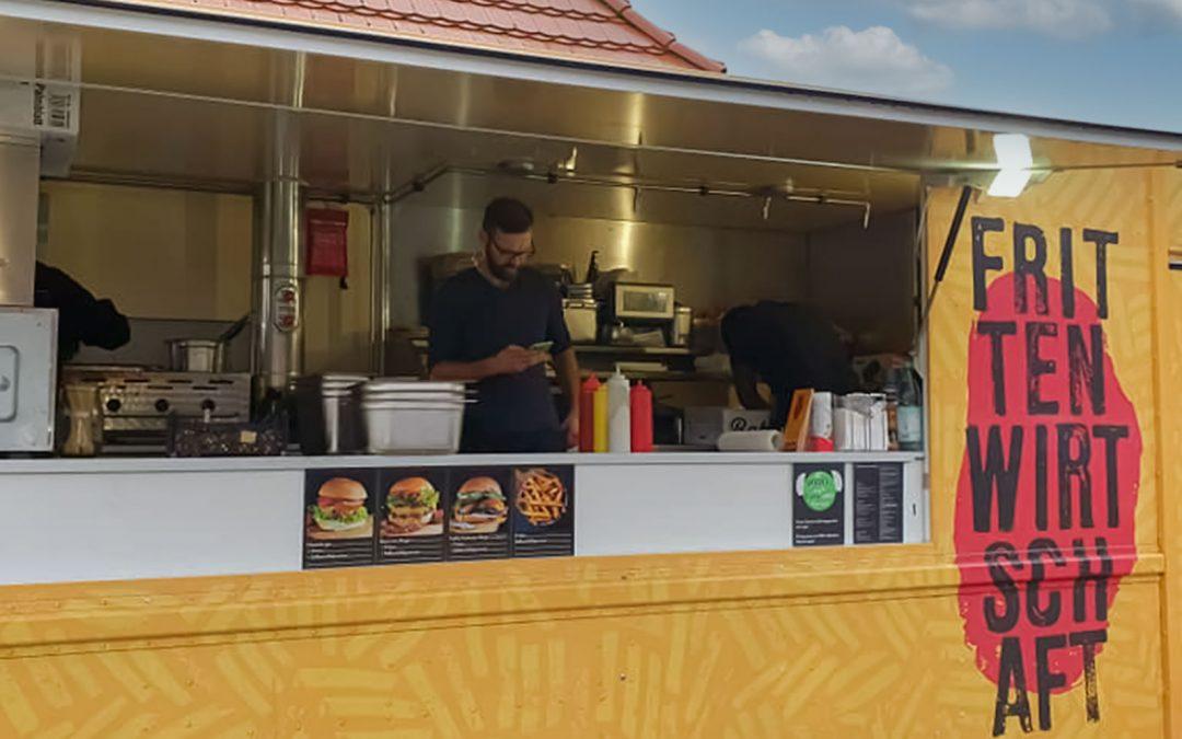 Food Truck von Frittenwirtschaft besucht Kolibri